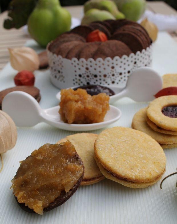 Białe i czekoladowe ciasteczka bez glutenowe