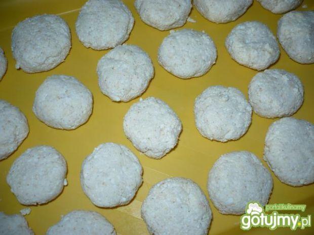 Białe knedle węgierskie