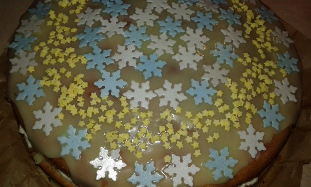 Biszkopt Śnieżynka z likierem amaretto