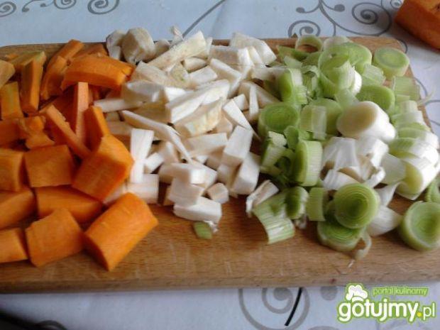 Bitki duszone z warzywami