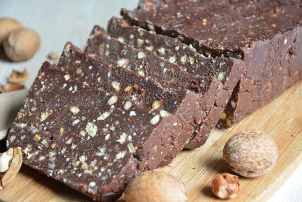 Blok czekoladowy z maślanymi ciastkami