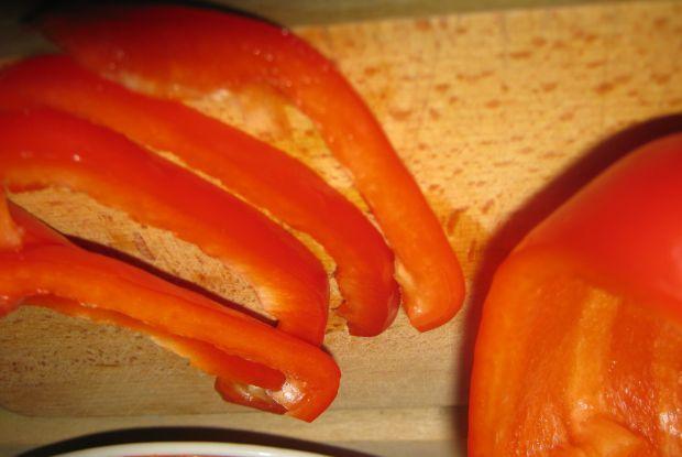 Boczek z papryką i cebulką