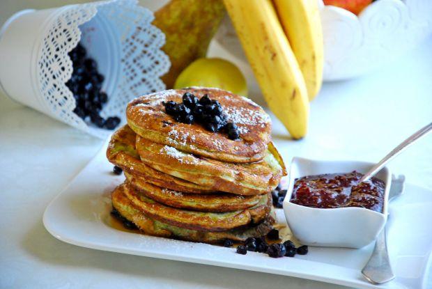 Borówkowe pancakes z kaszy manny
