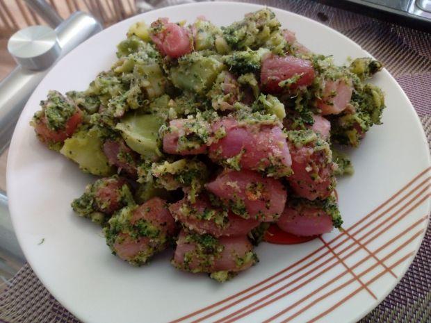 Brokuły z rzodkiewkami