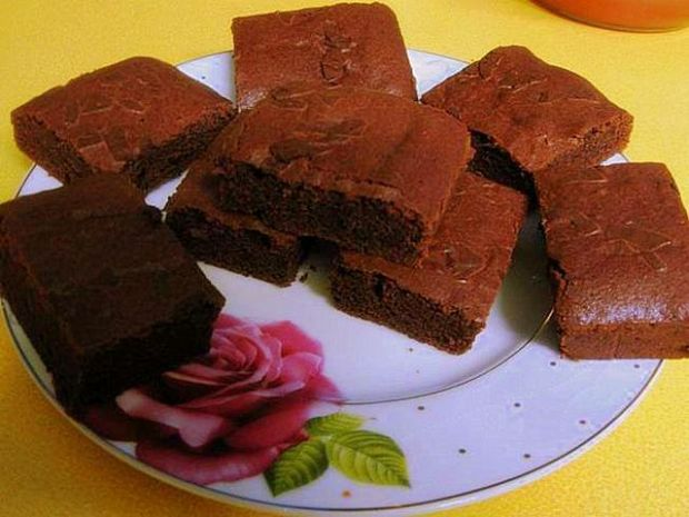 Brownies by Yvonne