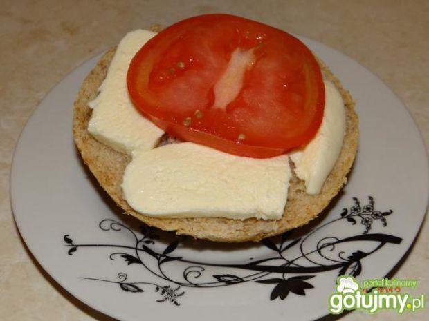 Bruschetta z mozzarellą