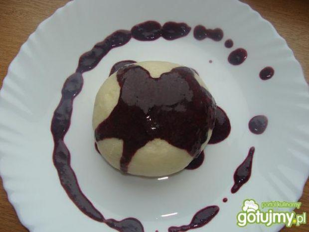 Buchty z sosem jagodowym