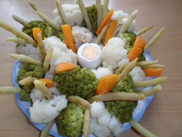 Bukiet warzyw w sosie czosnkowym