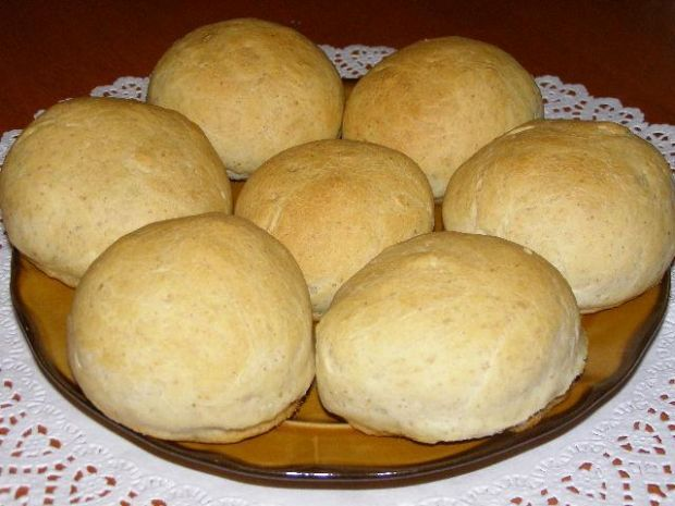 Bułeczki z mąką razową
