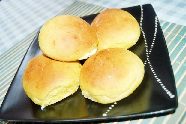 Bułeczki z serem twarogowym