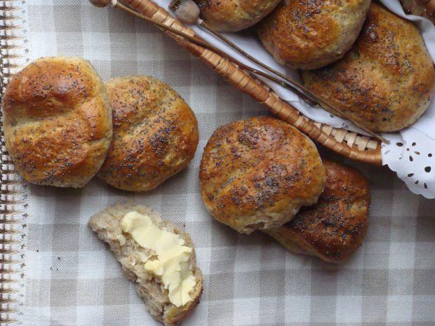 Bułki razowe z ziemniakami