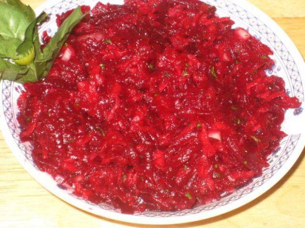 Buraczkowa salatka obiadowa