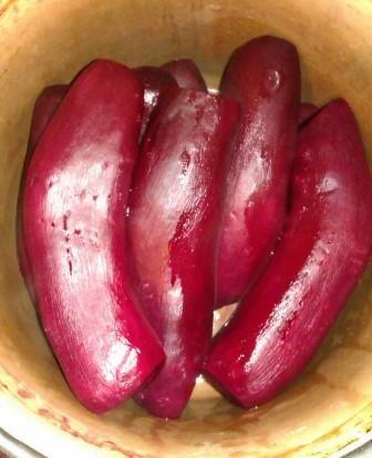 Buraki z papryką i cebulą do słoików