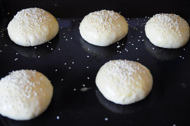 Burgery z camemberta