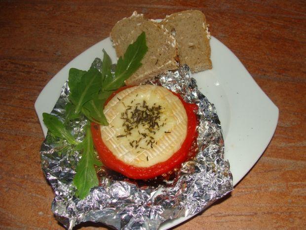 Camembert grillowany w papryce
