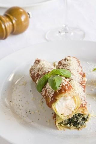 Cannelloni z riccotta i szpinakiem