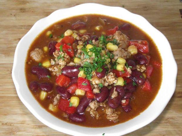 Chilli con carne z mięsem mielonym