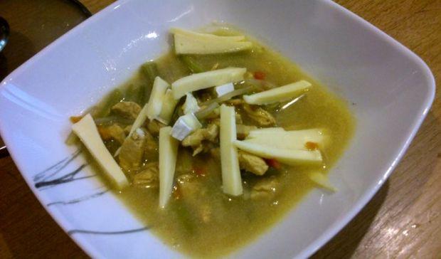Chińska zupa z kurczakiem i mlekiem kokosowym