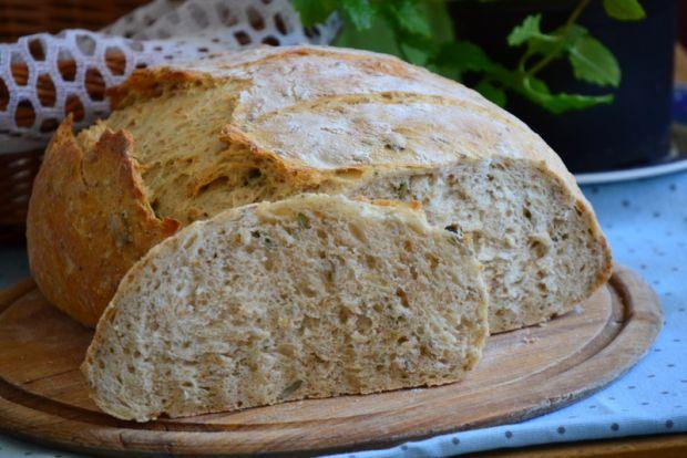 Chleb drożdżowy z nasionami
