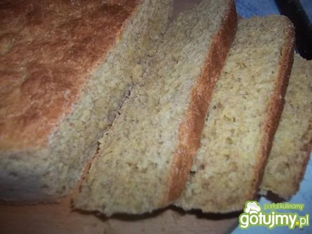 Chleb kukurydziano-pszenno-razowy