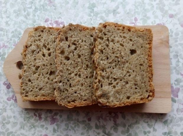 Chleb orkiszowo - gryczany ze słonecznikiem