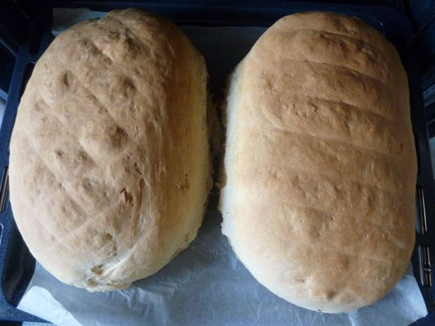 Chleb orkiszowy na maślance