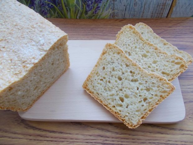 Chleb orkiszowy z sezamem