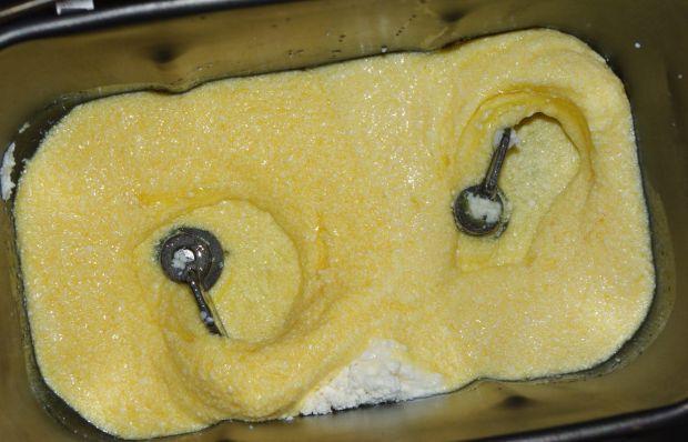 Chleb otrębowy owsiany z prażoną cebulką z automat
