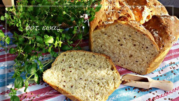 Chleb z garnka z kozieradką i siemieniem lnianym