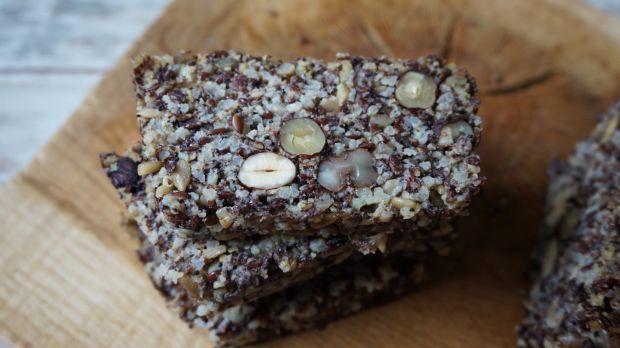 Chleb z nasion i kaszy (bez mąki i glutenu)