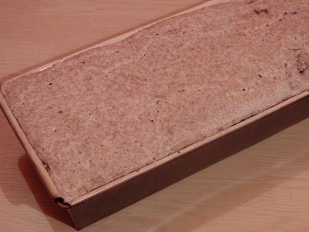 Chleb żytni z bakaliami (na zakwasie)