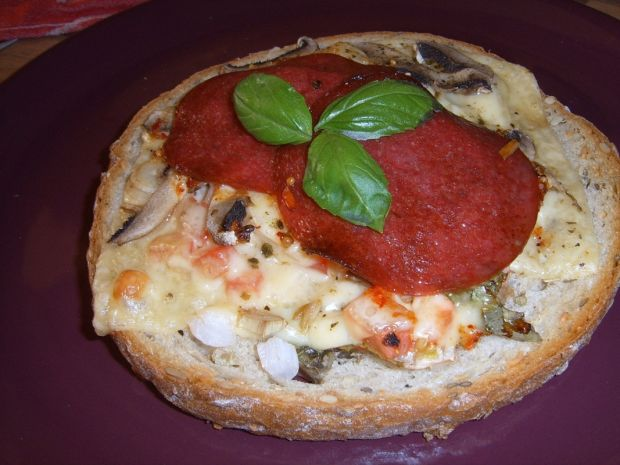Chlebowe mini pizze