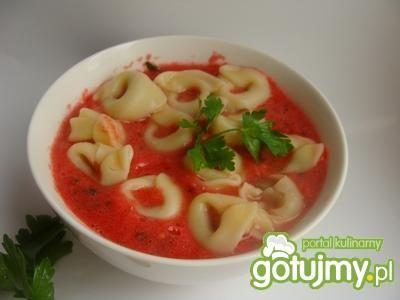 Chłodnik pomidorowy z tortellini