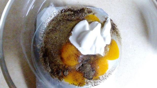 Chrzanowe gofry z musem jajecznym