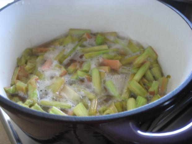 Chutney rabarbarowy
