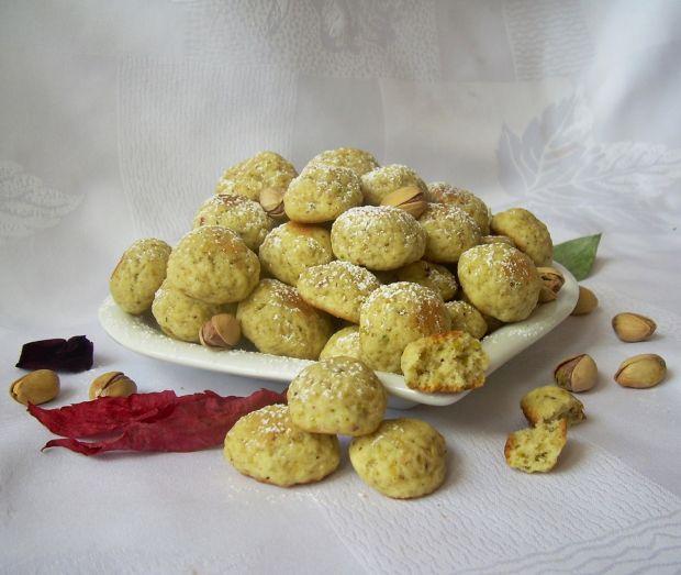 Ciasteczka Di z mielonymi pistacjami
