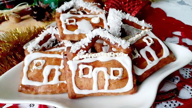Ciasteczka ośnieżone chatki