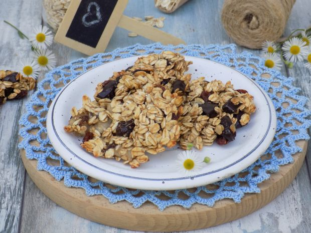 Ciasteczka owsiane z bananem i czekoladą