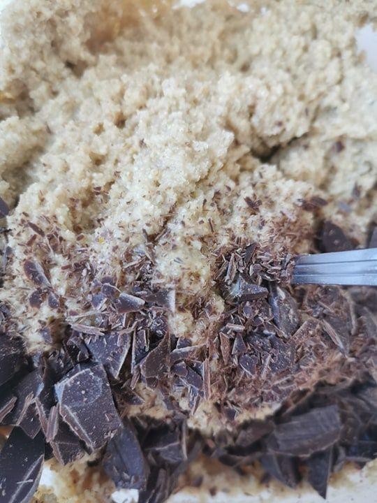 Ciasteczka owsiane z mąką kokosową i czekoladą