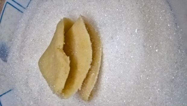 Ciasteczka serowe z cukrem