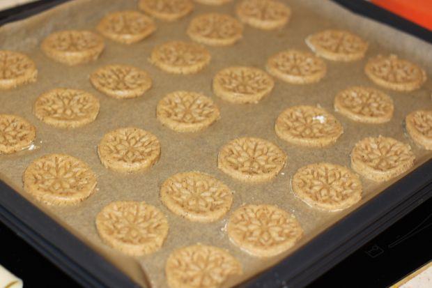 Ciasteczka  z nutą cynamonową