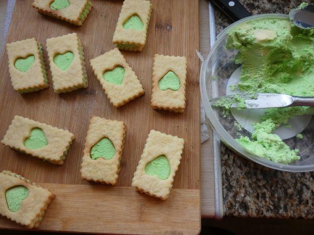 Ciasteczka z okienkiem