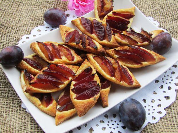 Ciastka francuskie ze śliwką