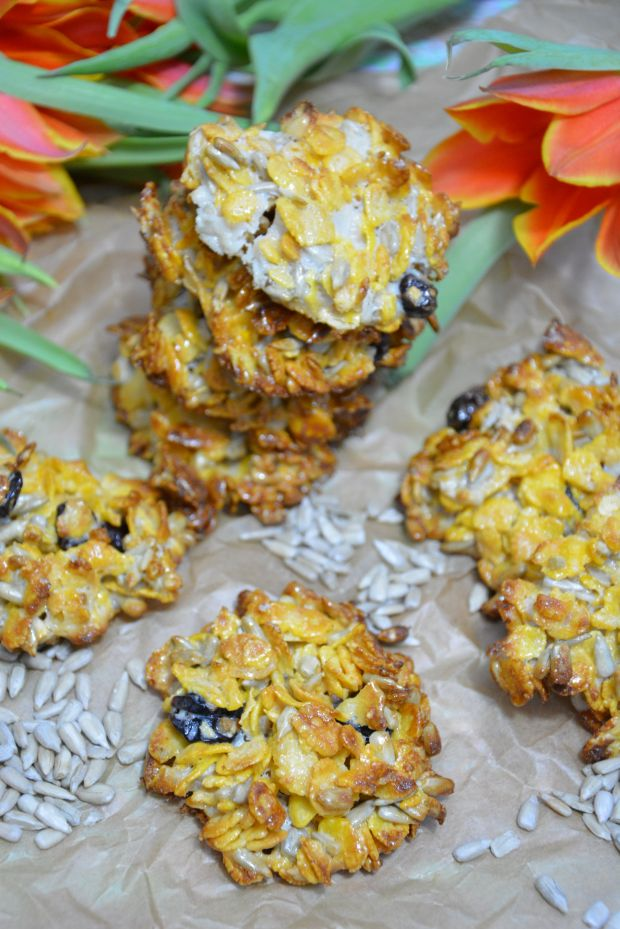 Ciastka kukurydziane z żurawiną i słonecznikiem
