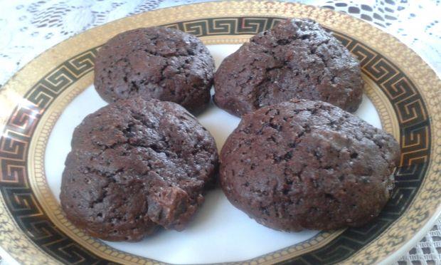 Ciastka z orzechami, czekoladą i żurawiną