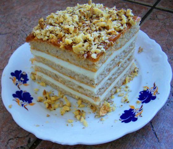 Ciasto a la pszczółka z orzechami