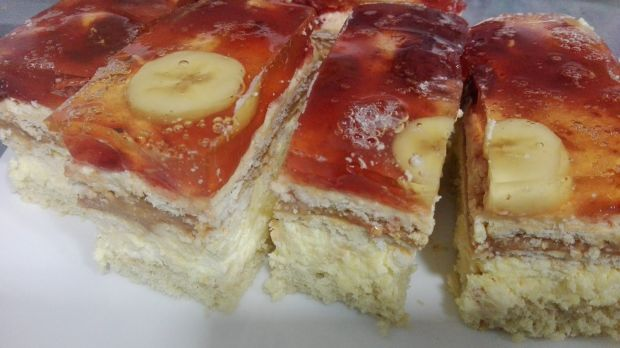 Ciasto bananowo-truskawkowe