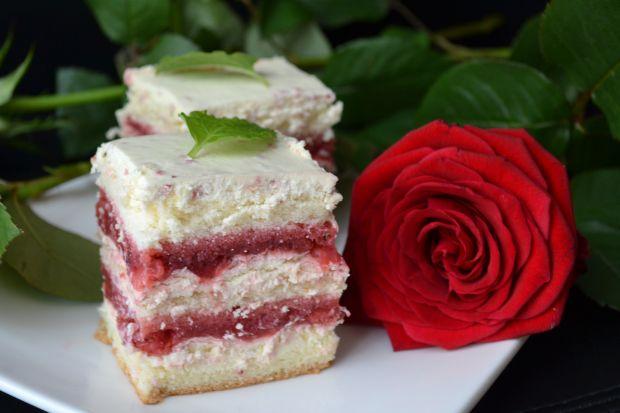 Ciasto biała truskawka