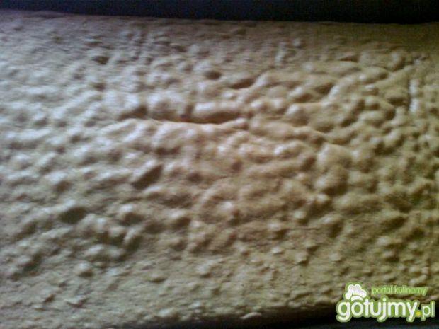 Ciasto biszkoptowe z kremem i galaretką