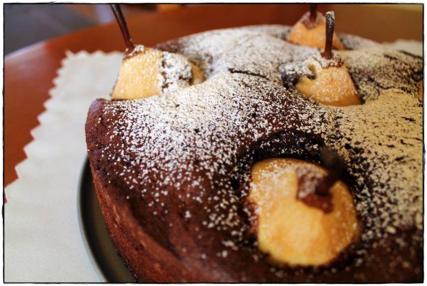 Ciasto czekoladowo-gruszkowe z nutą piernika